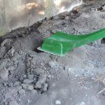 hole under the slide